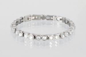 8517SZb - Magnetarmband silberfarben mit weißen Glassteinen