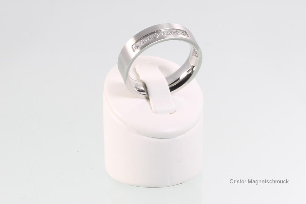R108SZ - Ring silberfarben mit Zirkonia