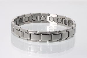 8262S4 - Magnetarmband silberfarben mit extra-starken Magneten